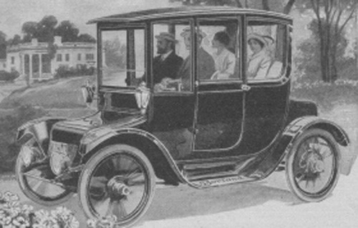 Two centuries with electric cars